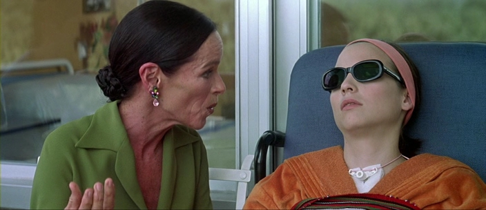 Talk To Her.2002.HDRip.XviD.avi. Spanish details offshore drives Website extrano chique